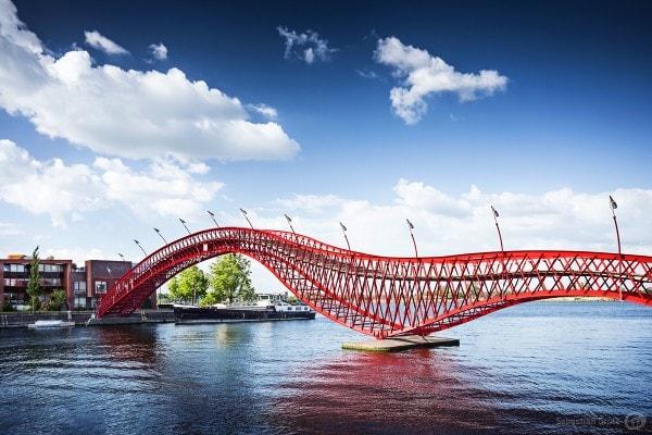 Pythonbrücke Amsterdam groß