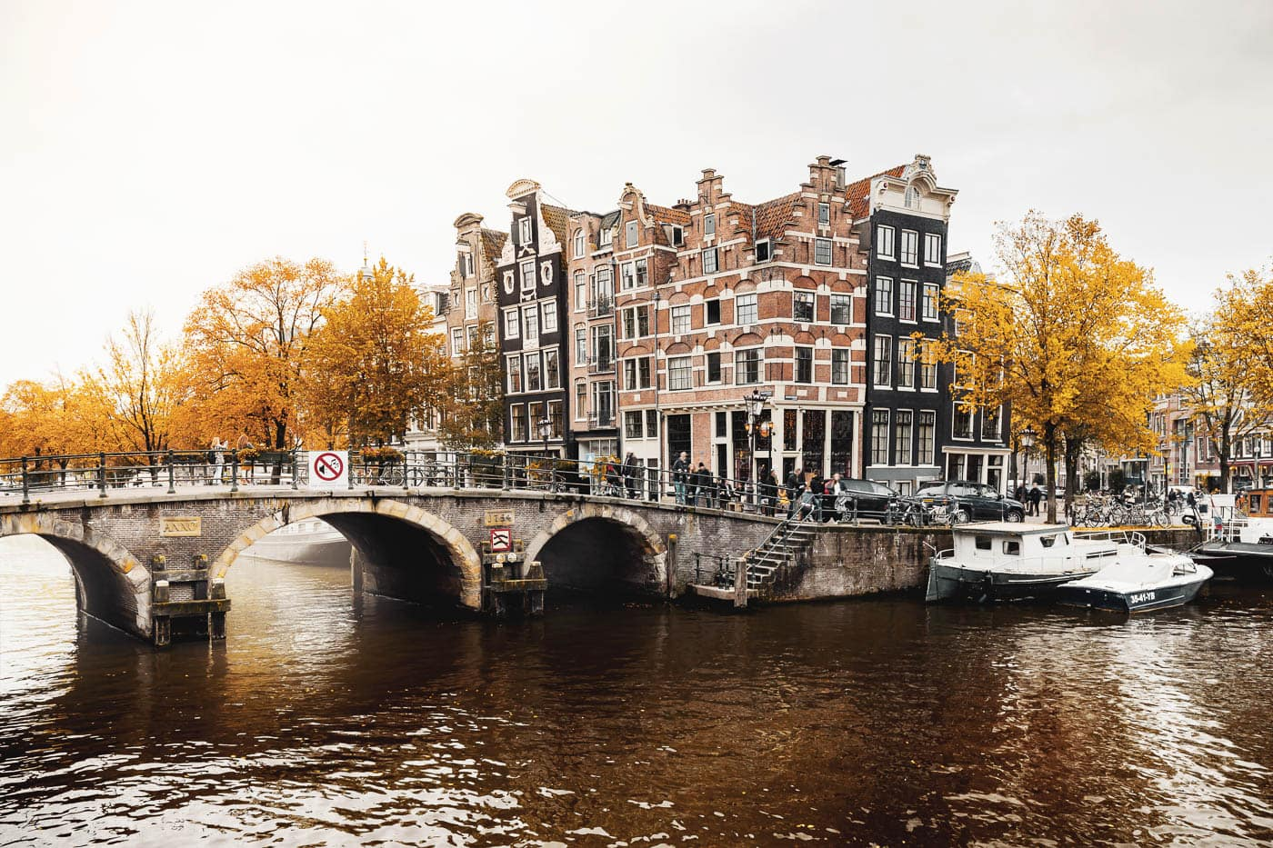 Herbst im Amsterdamer Stadtteil Jordaan
