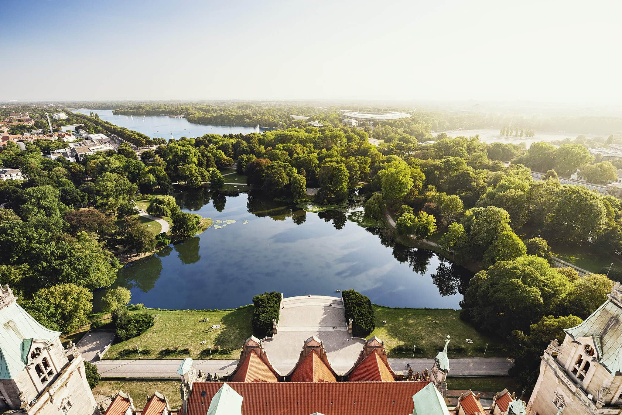 Blick vom Neuen Rathaus auf Maschpark und Maschsee - Grüne Stadt Hannover