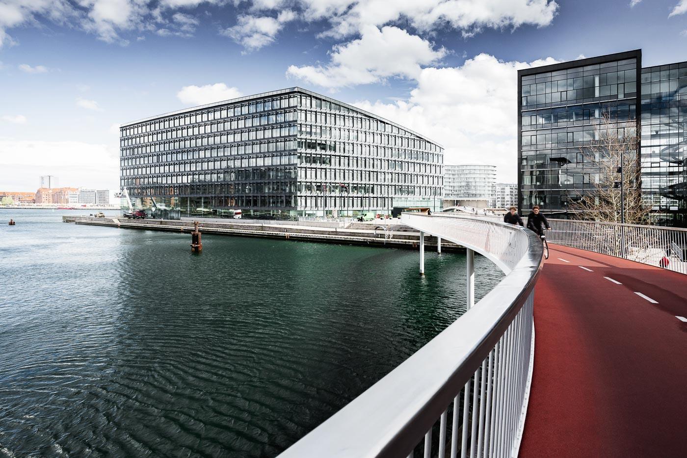 Kopenhagen Fahrradbrücke Cykelslangen über das innere Hafenbecken
