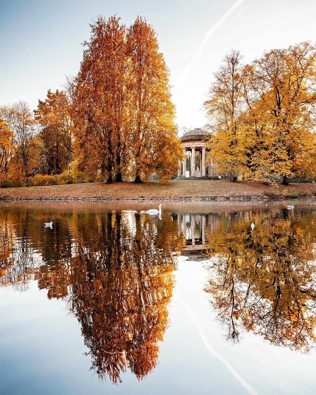 Herrenhäuser Gärten und Leibniztempel im Herbst