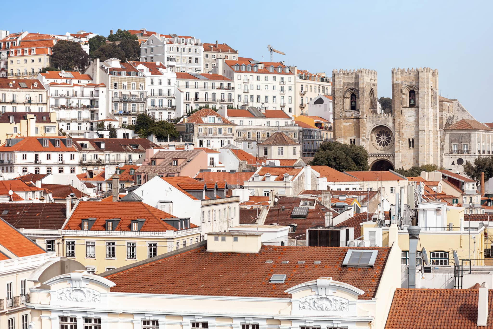 Blick auf die Innenstadt von Lissabon, Portugal, Europa